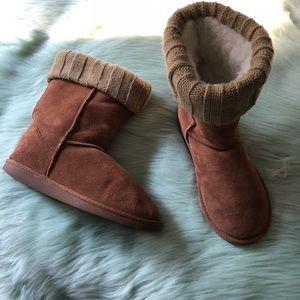 Emu sheepskin boot